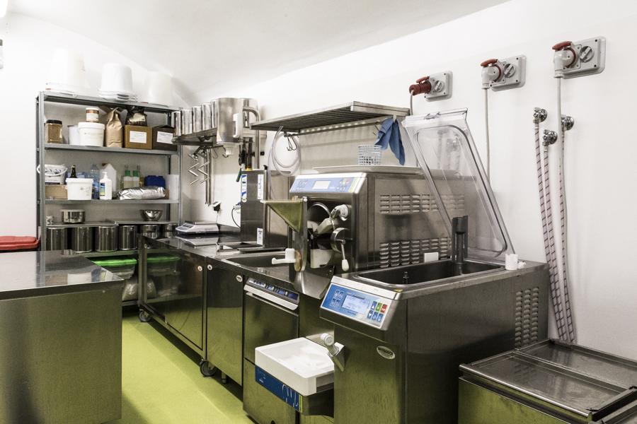 Progettazione laboratorio gelateria Vivo_Artebianca