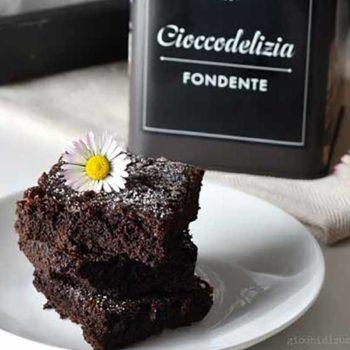 Brownies al cioccolato con Cioccodelizia fondente Babbi